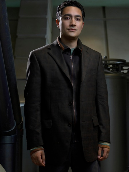 "In the webisode series ""The Face of the Enemy"" Alessandro Juliani as Lt. Felix Gaeta looks a lot less tidy than shown here."